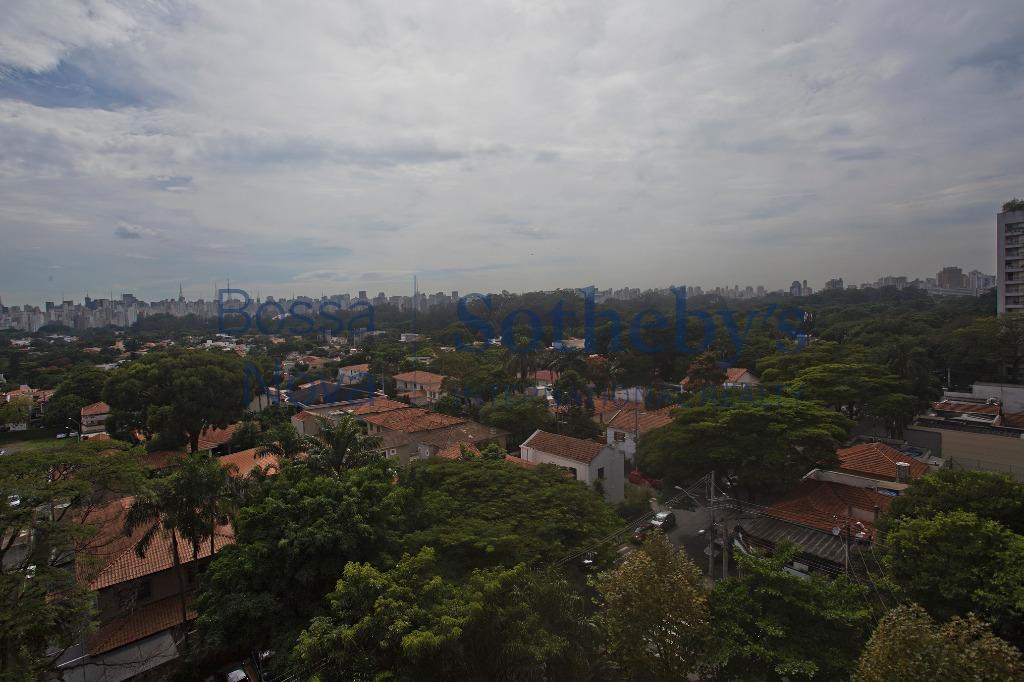 Predio Neoclássico cobiçado , Vila Nova Conceição, São Paulo.
