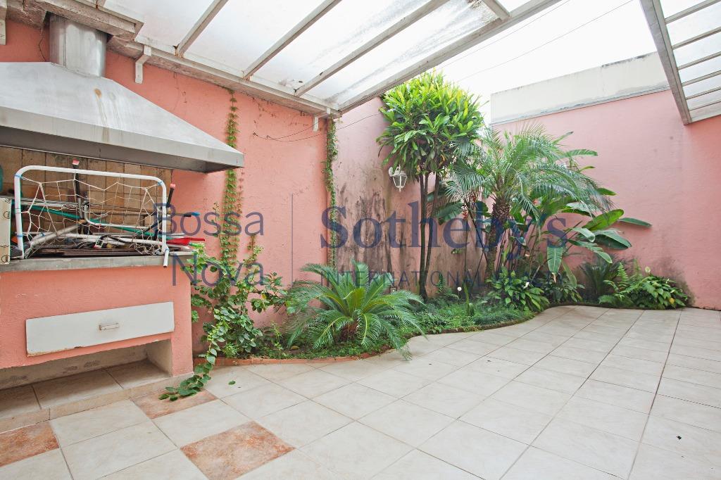 Casa residencial à venda, Vila Nova Conceição, São Paulo.