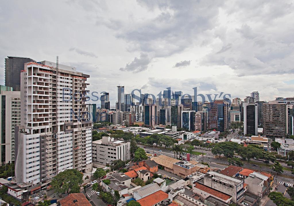Apartamento reformado andar alto linda vista