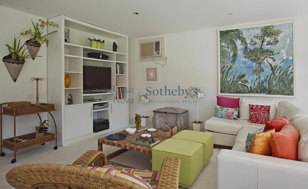 Casa de 5 dormitórios em Frade, Angra Dos Reis - RJ