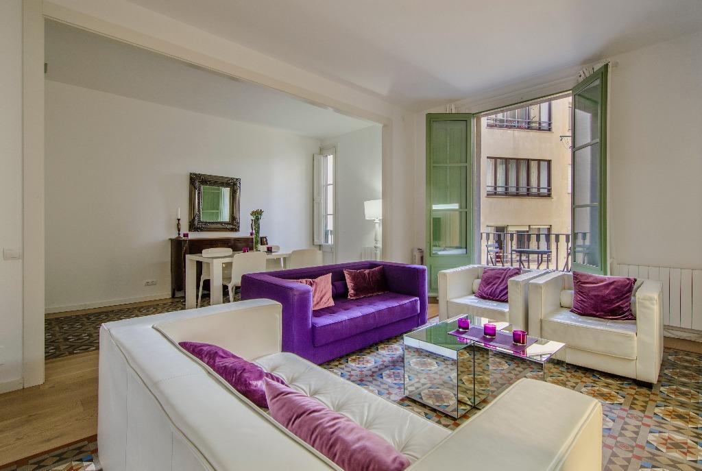 Apartamento reformado  no centro de Barcelona