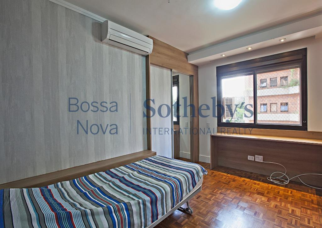 Apartamento residencial à venda, 4 suites, todo reformado, Morumbi - lazer completo!