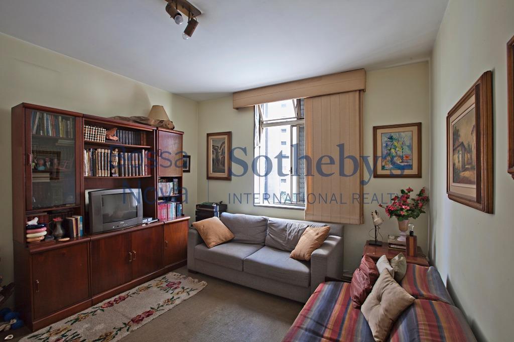Apartamento para reforma no melhor ponto do Itaim Bibi