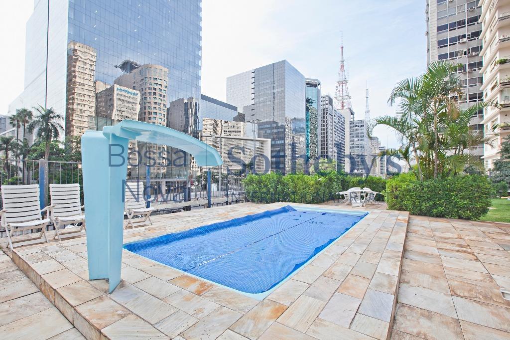 òtimo apartamento em plena Paulista com jardim, piscina,vaga de visitantes