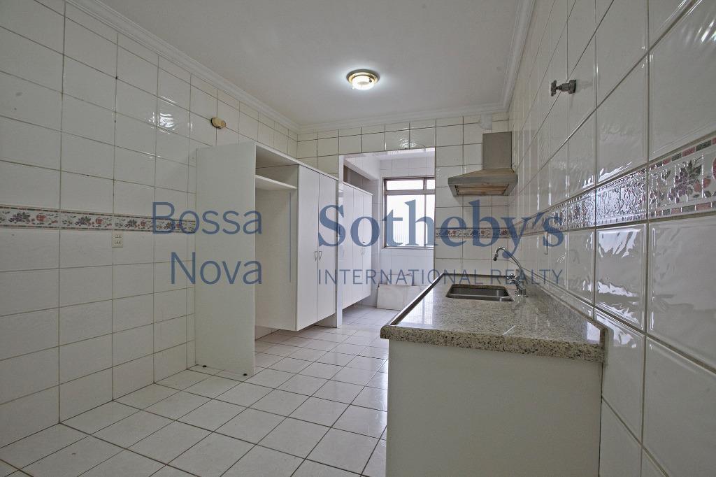 Apartamento próximo ao Clube Paulistano.