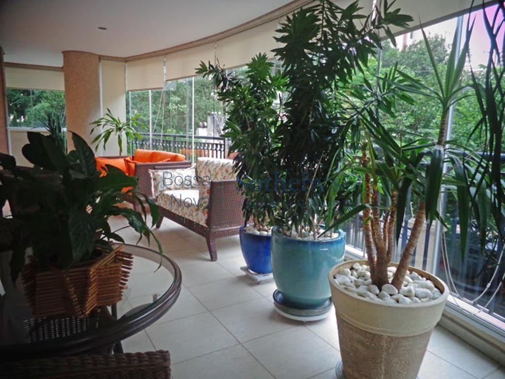 Apartamento residencial à venda, Moema Pássaros, São Paulo.