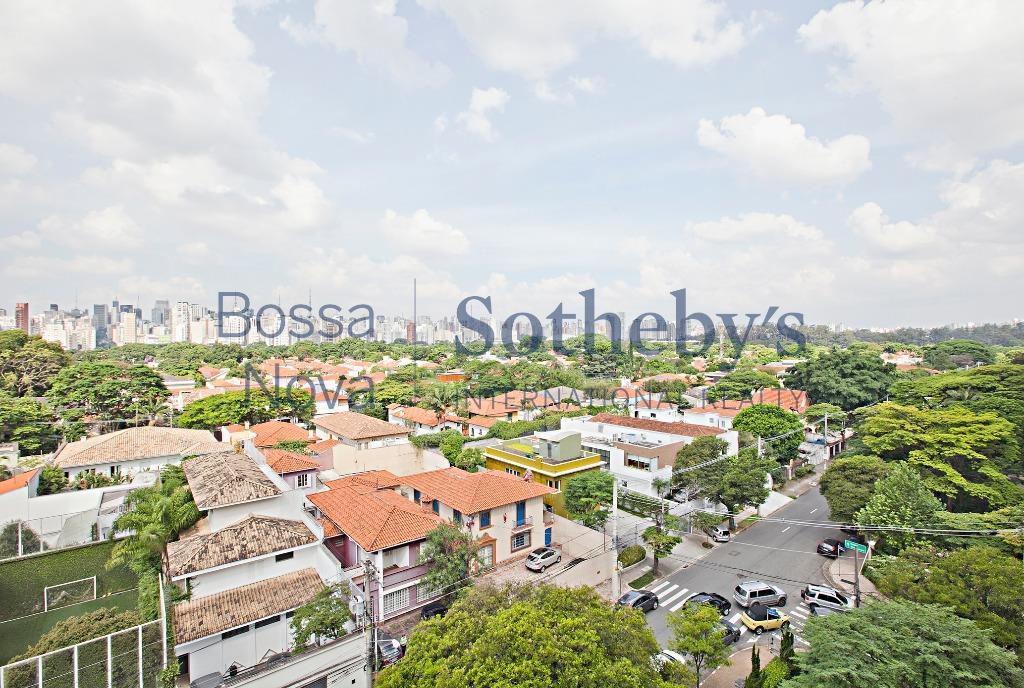 Espaçoso apartamento próximo ao Parque Ibirapuera