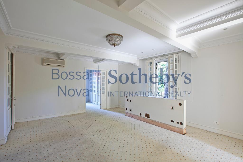Apartamento especial, próximo do Iguatemi e clube Pinheiros