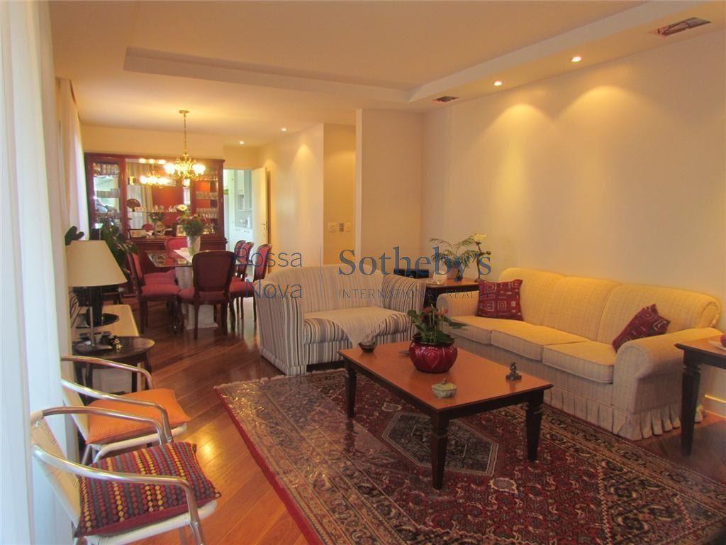 Apartamento residencial à venda em Moema