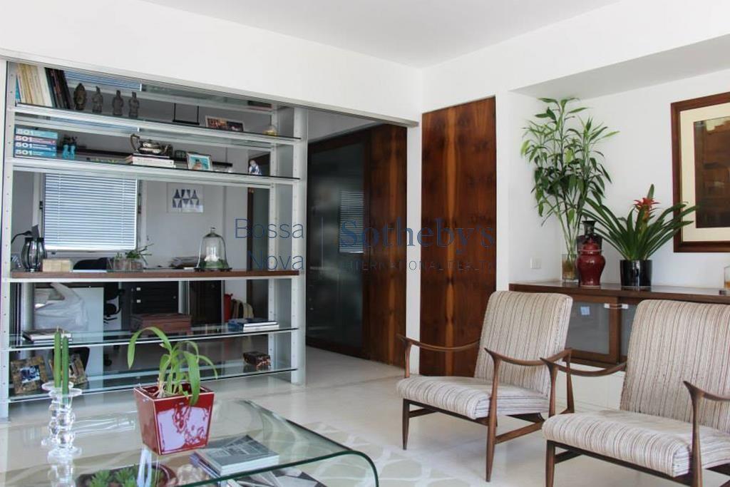 Apartamento bem localizado no Paraíso