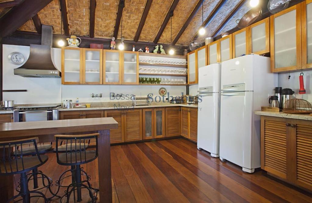 Casa de 7 dormitórios em Frade, Angra Dos Reis - RJ