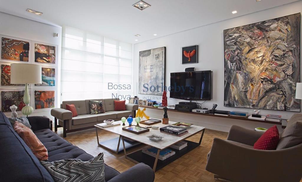 Casa de 1 dormitório à venda em Vila Nova Conceição, São Paulo - SP