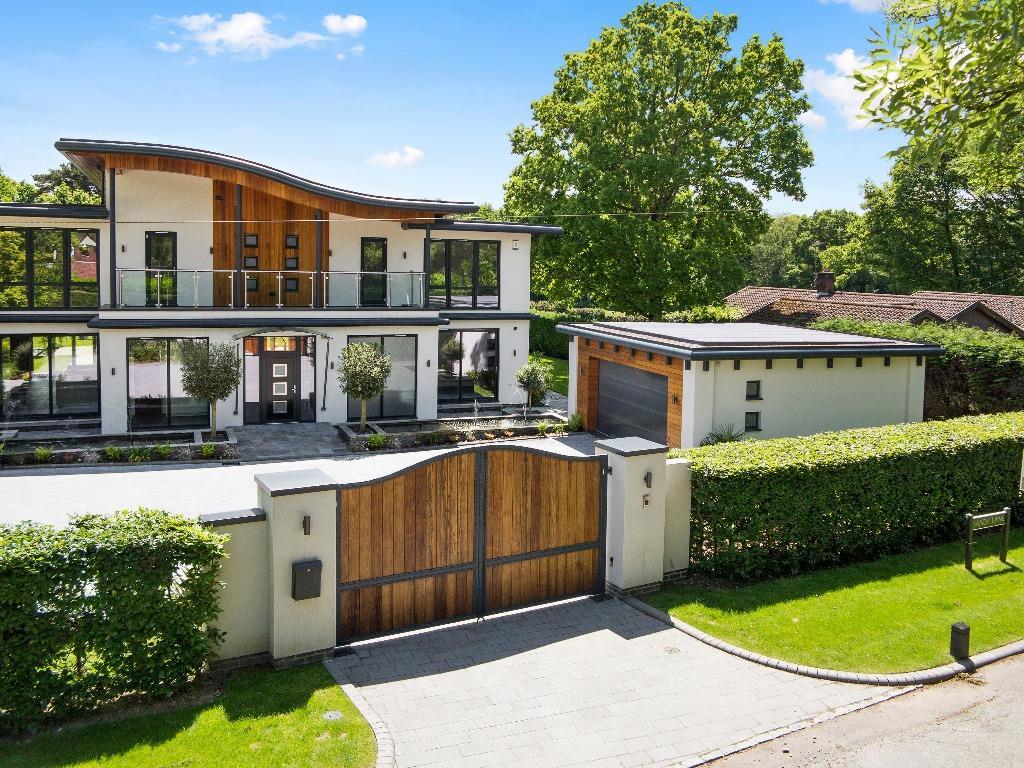 Casa contemporânea em Kingswood