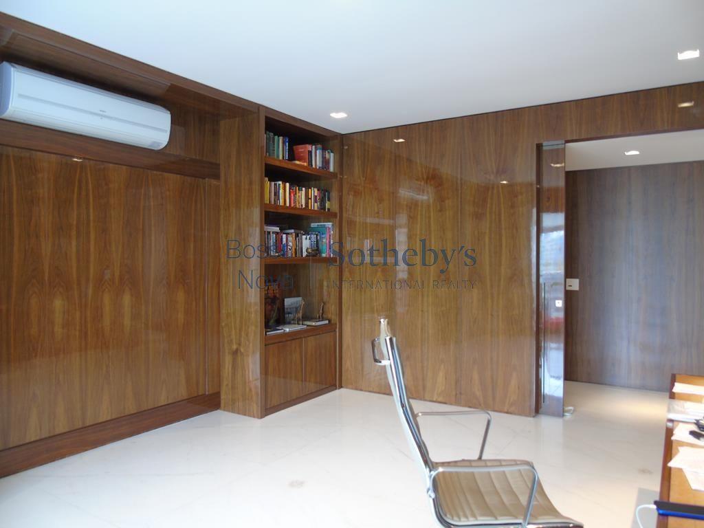 Apartamento com projeto moderno e impecável!!! Ao lado do parque do Ibirapuera.