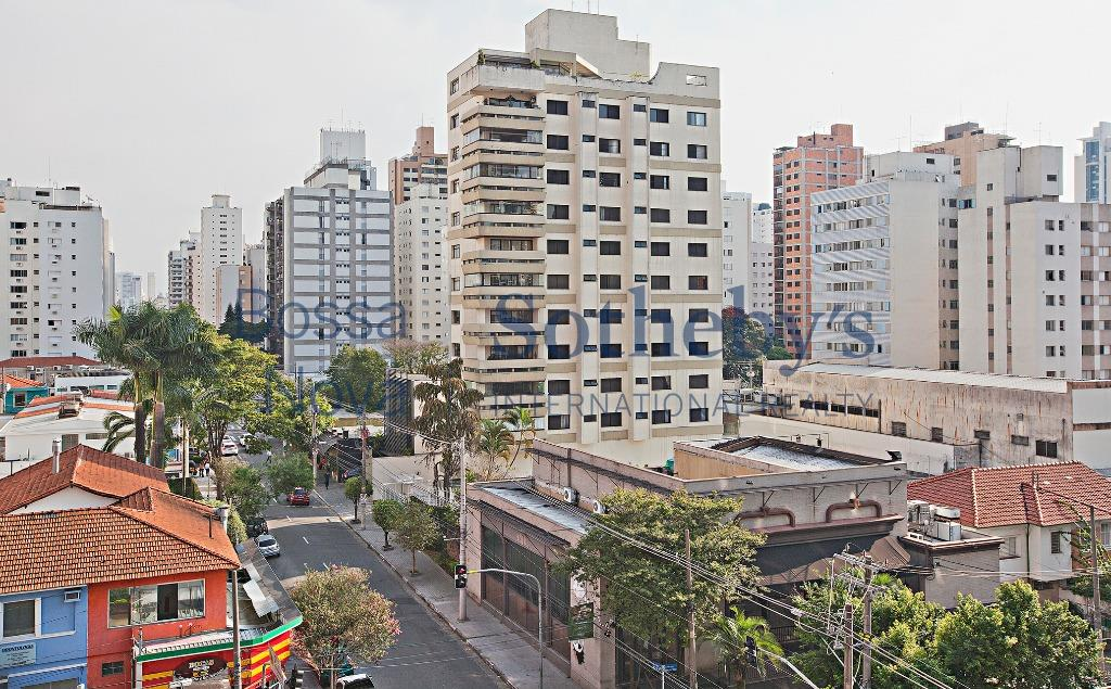 Apartamento moderno, ao lado do parque do Ibirapuera.