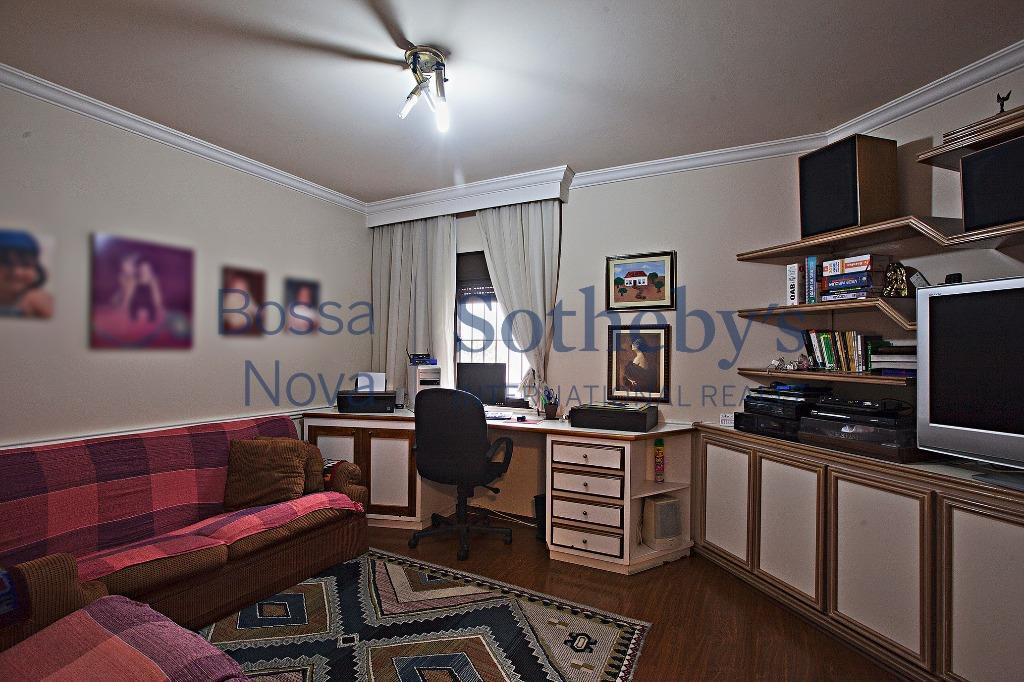 Apartamento ótima localização no Campo Belo, São Paulo.