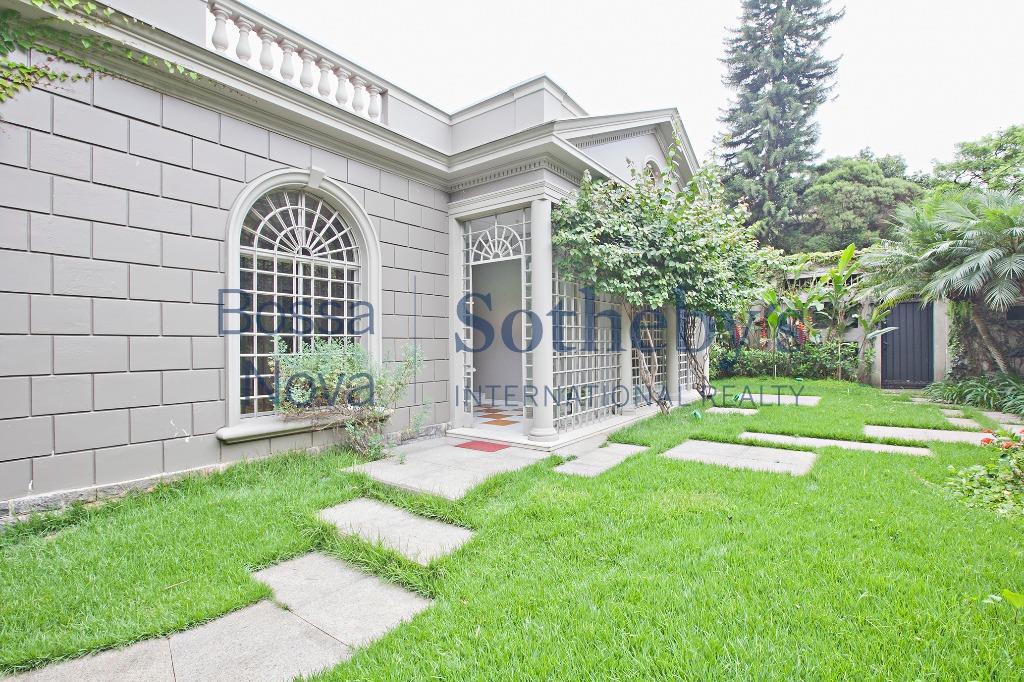 Casa linda no melhor ponto do Jardim Europa