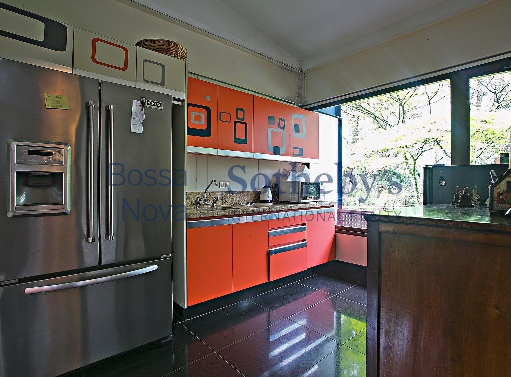 Casa residencial  localizaçao privilegiada, Jardim Guedala, São Paulo.