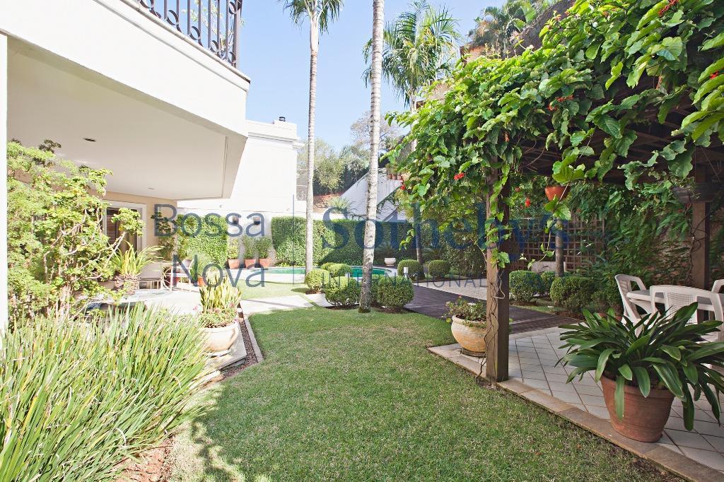 Casa em condominio Jardim Guedala