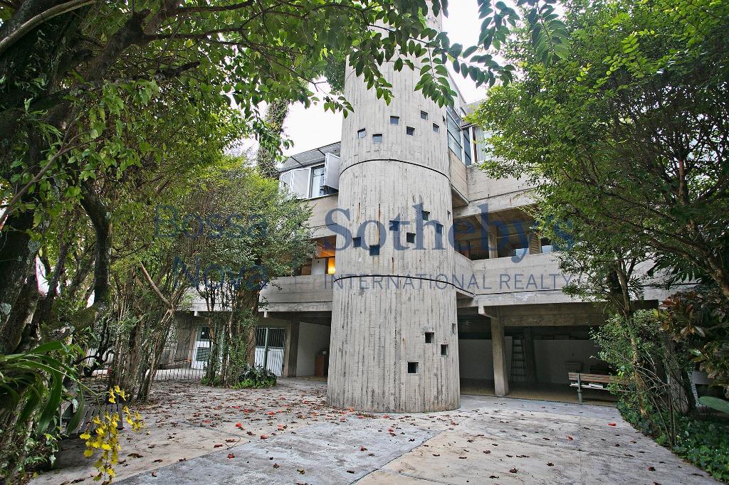 Casa Arquitetura moderna, premiada e datada.