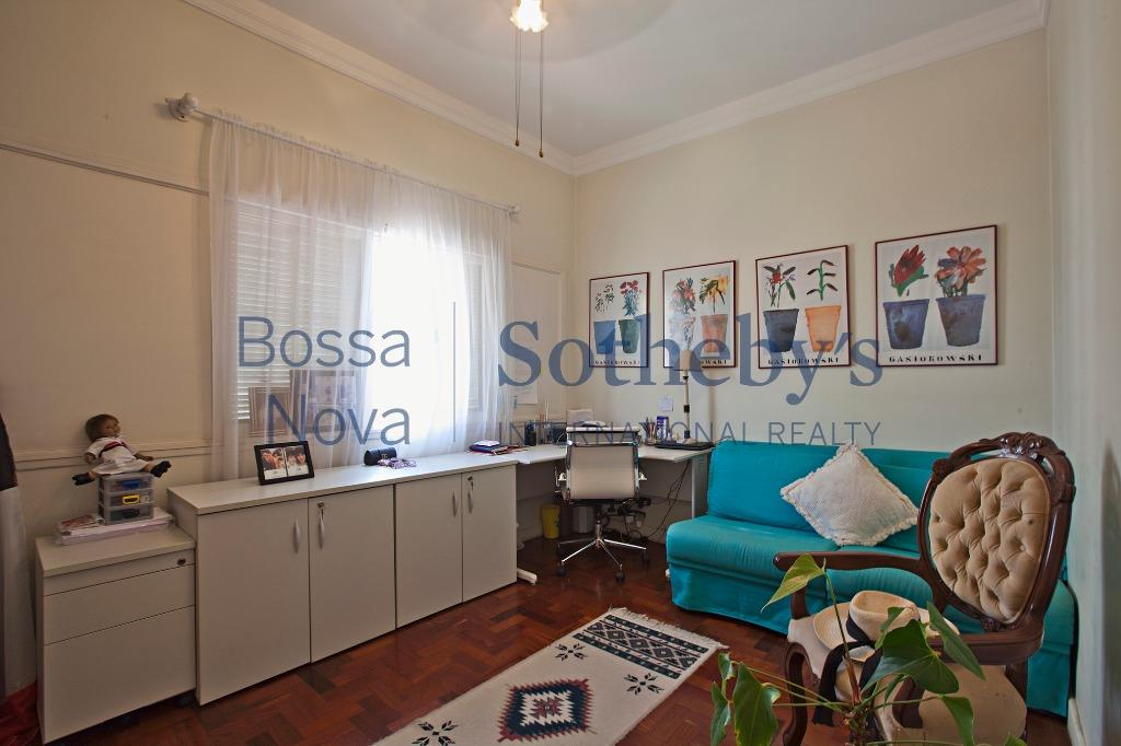 Apartamento claro e arejado no Jardim Paulista