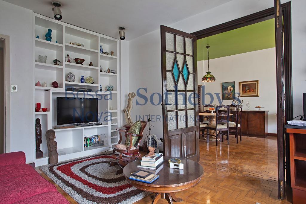 Apartamento residencial à venda, Jardim Europa, São Paulo.
