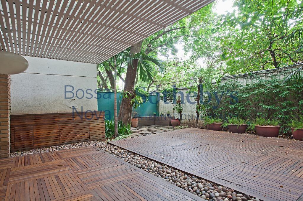 Casa em condomínio próximo ao Shopping Iguatemi