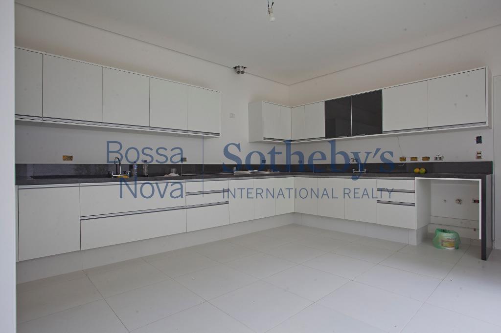 Casa moderna e ampla com espaços de lazer ao lado do Ibirapuera