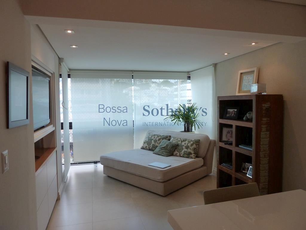 Apartamento residencial à venda, Jardim Guedala, São Paulo.