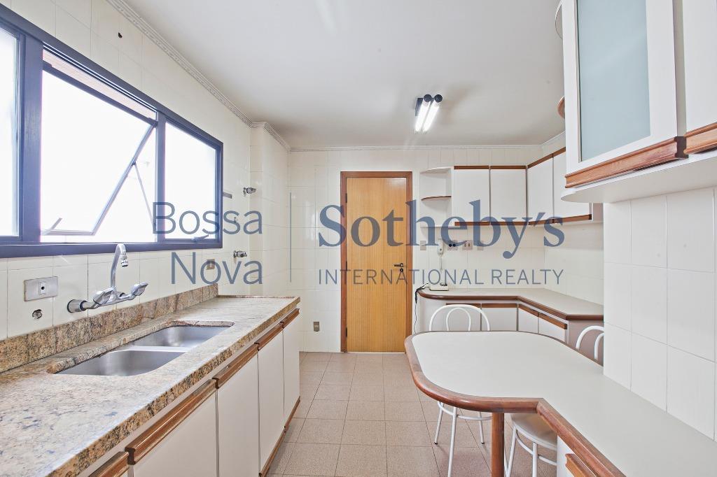 Apartamento residencial à venda, Higienópolis, São Paulo - AP13880.