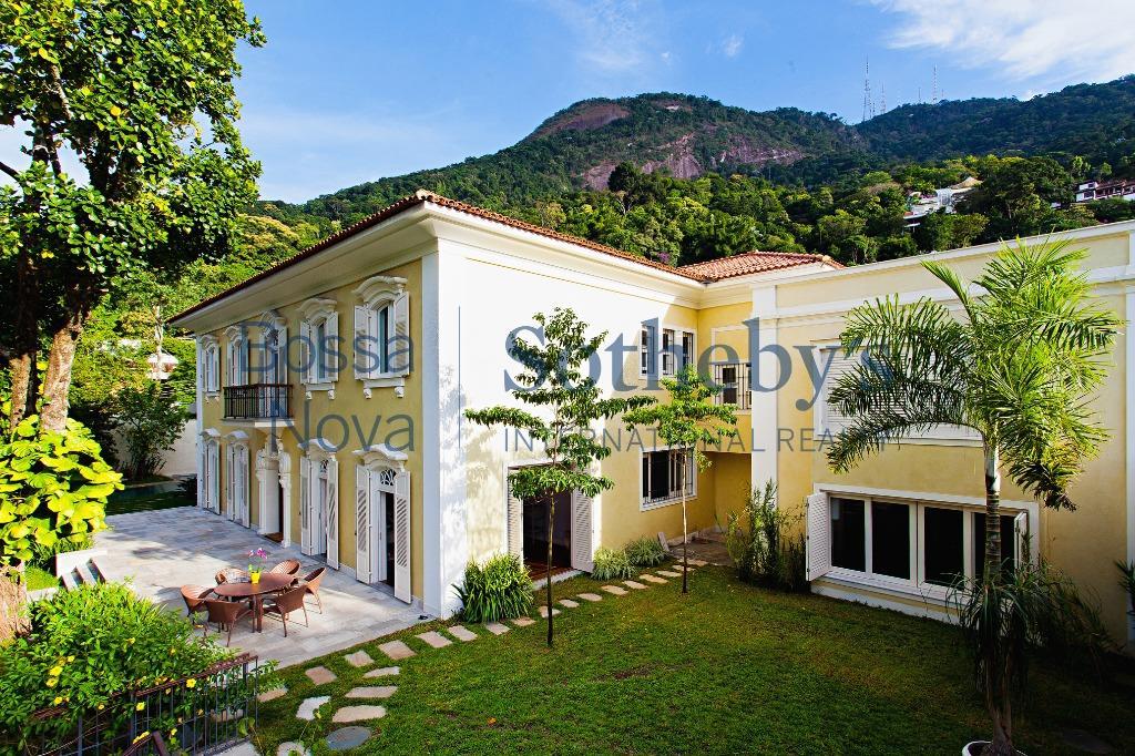 Espetacular mansão colonial no Horto