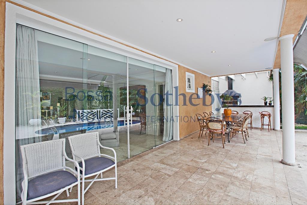 Condomínio fechado, quadra de tenis, decorada!!!!