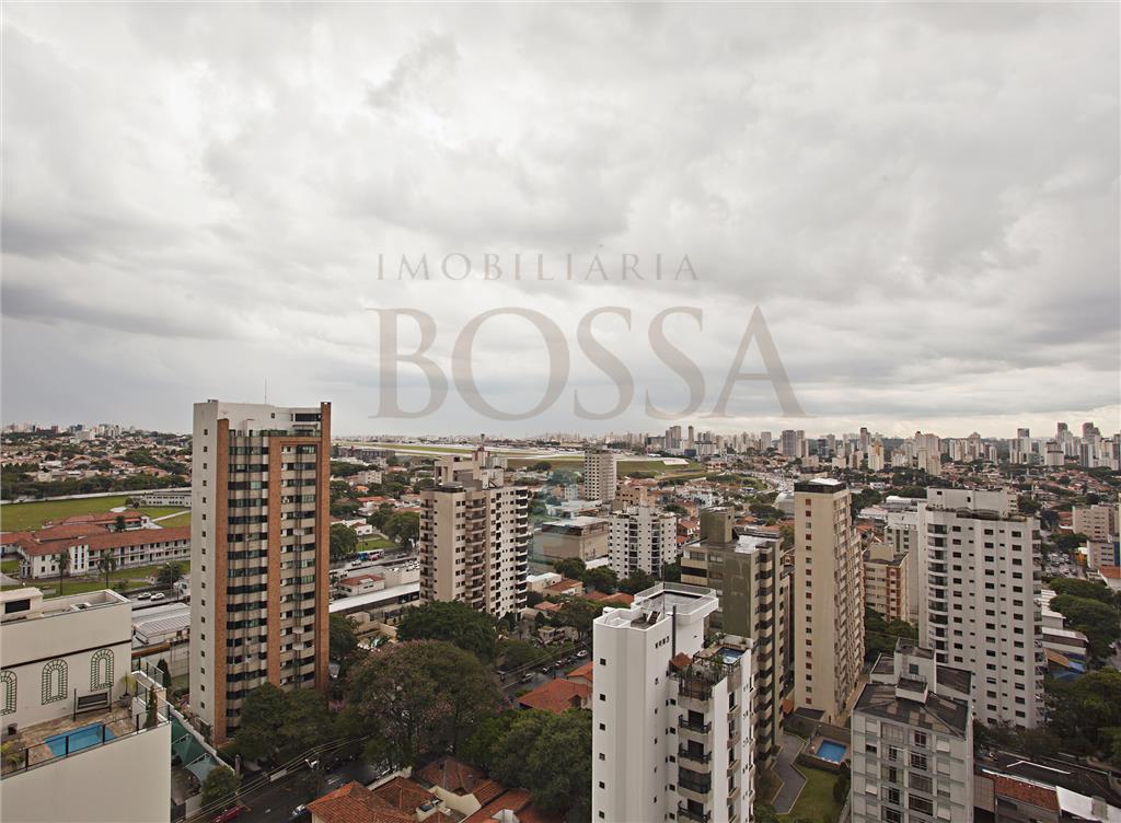 Cobertura de 4 dormitórios em Moema Índios, São Paulo - SP