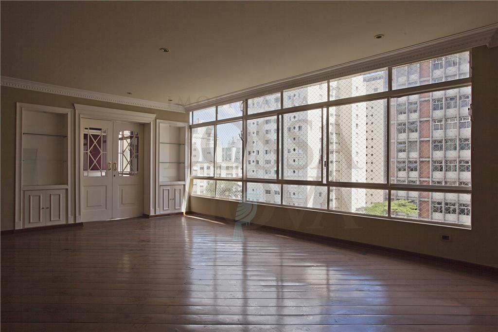 Apartamento requintado em rua tranquila
