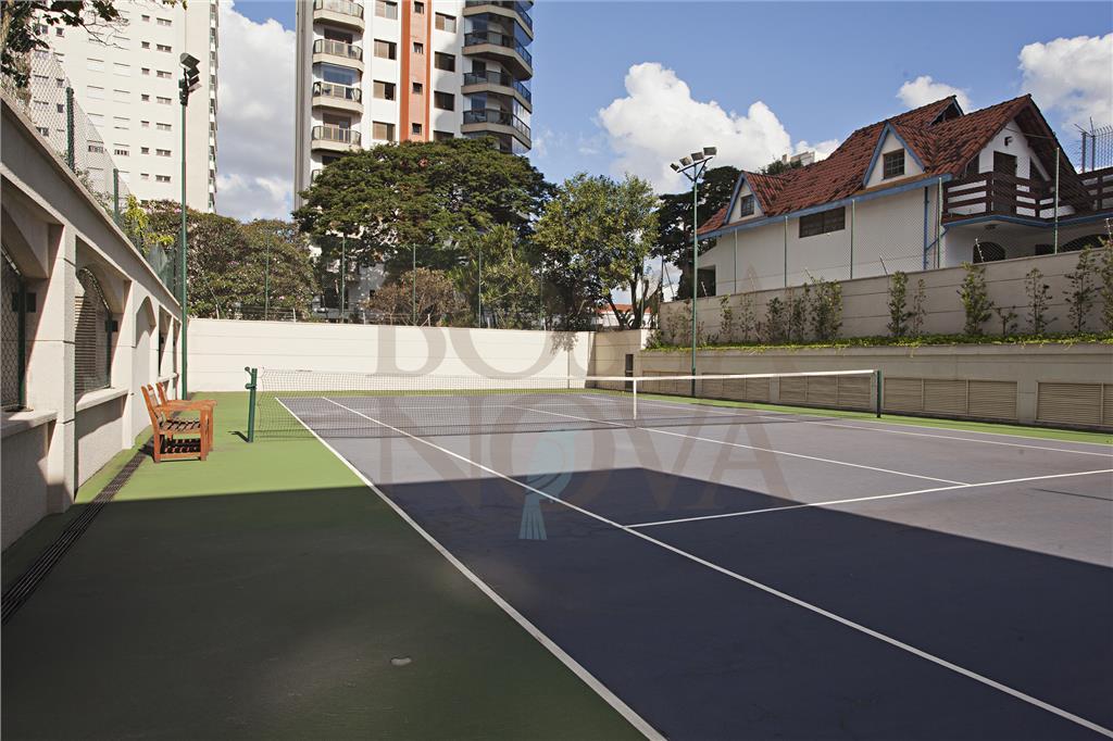 Apartamento para reforma em condomínio cheio de estilo