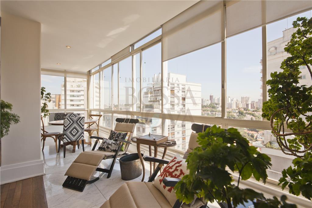 Apartamento amplo e com vista para o Pacaembu