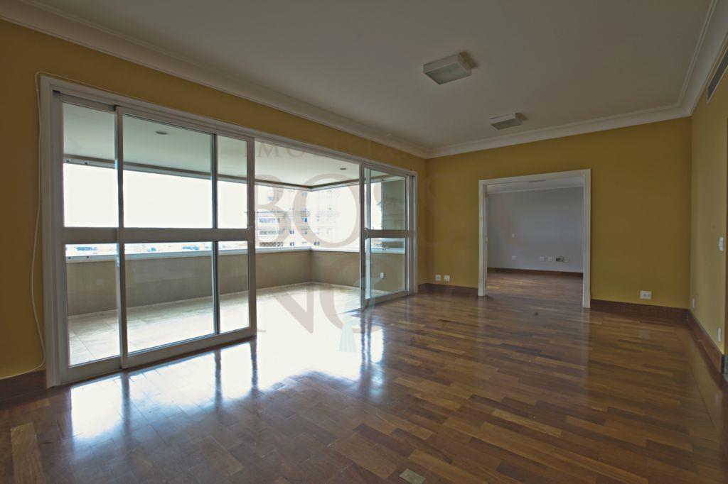 Apartamento com vista p/ o Parque Villa Lobos