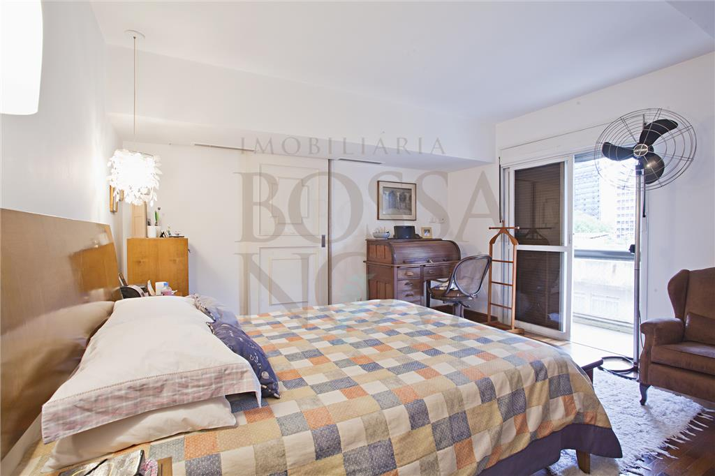 Ótimo apartamento ao lado do Parque do Povo.