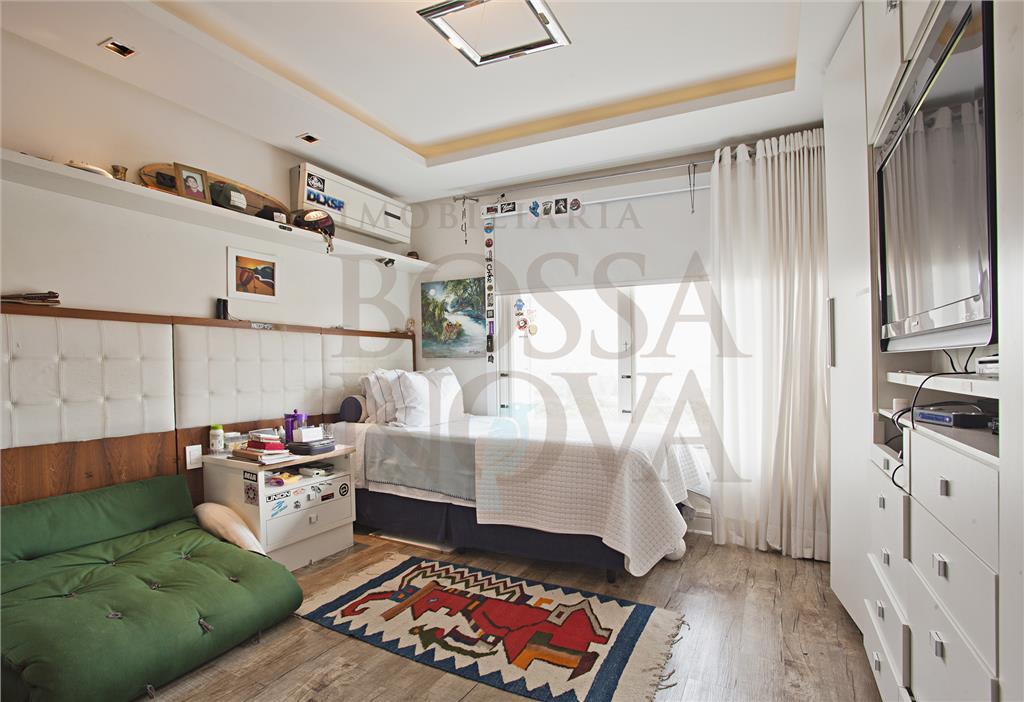 Cobertura de 3 dormitórios à venda em Itaim, São Paulo - SP