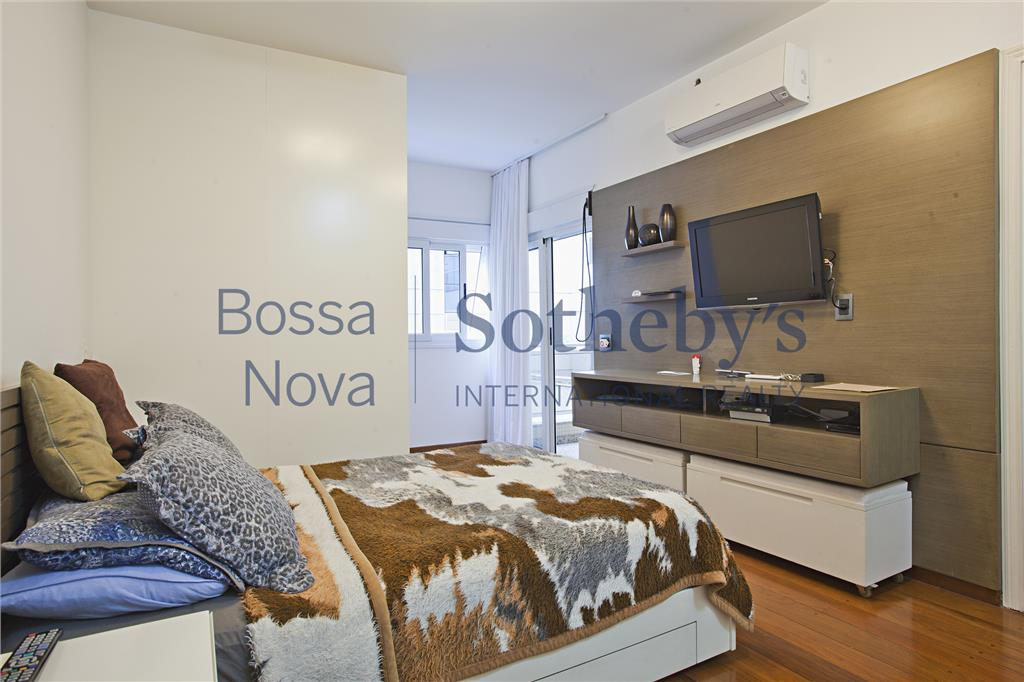 Apartamento residencial à venda, Itaim, São Paulo.