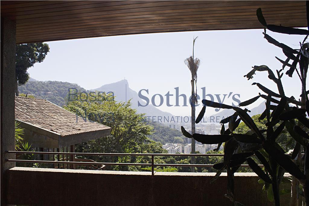 Indescritível  vista da Gávea para o coração do Rio de Janeiro com direito ao  fantástico nascer do sol