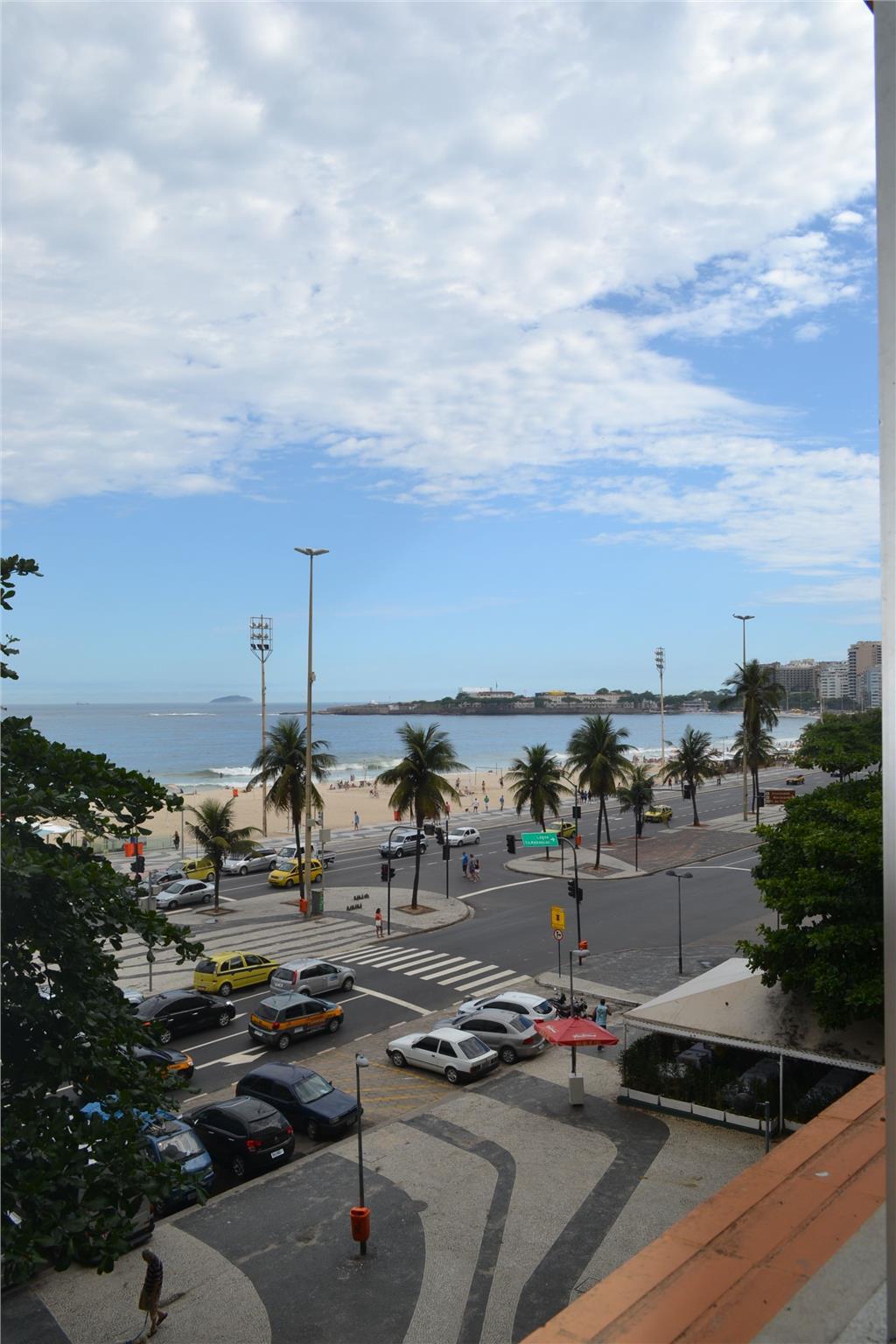 Apartamento frente mar reformado, Copacabana
