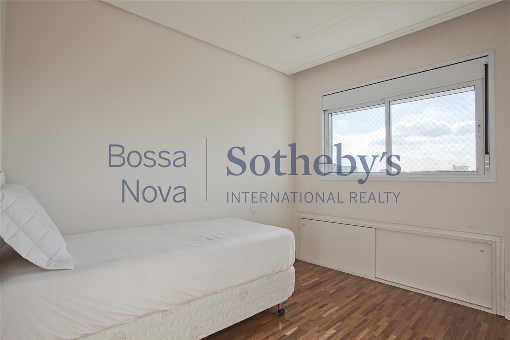 Apartamento residencial à venda,com maravilhosa vista, em Moema, São Paulo.