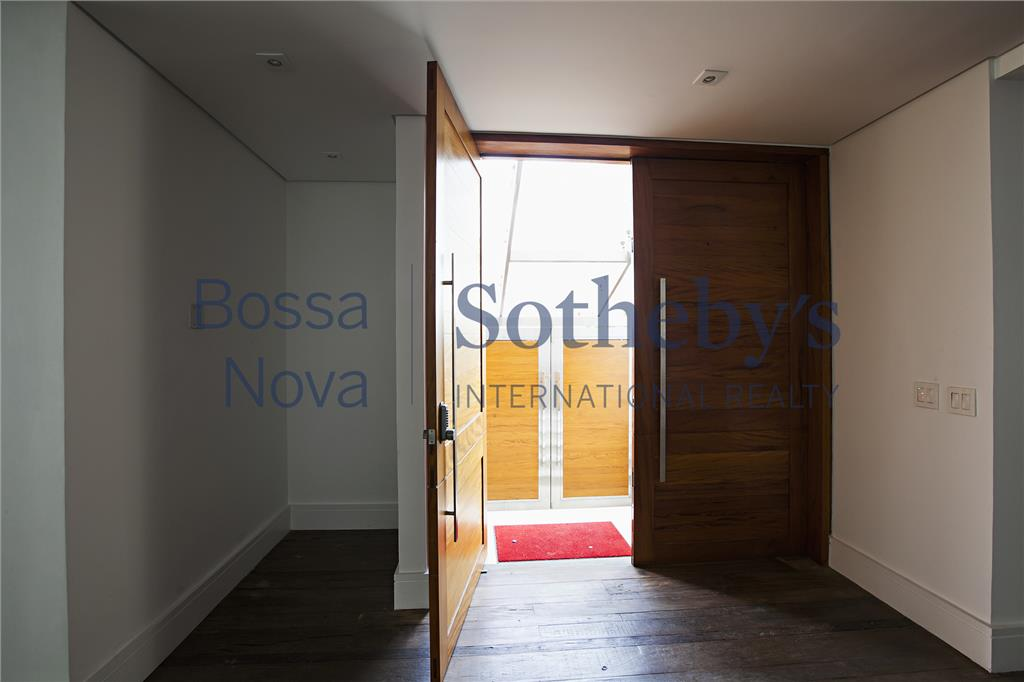 Casa residencial nova ,para venda e locação, em condominio no Morumbi, São Paulo.