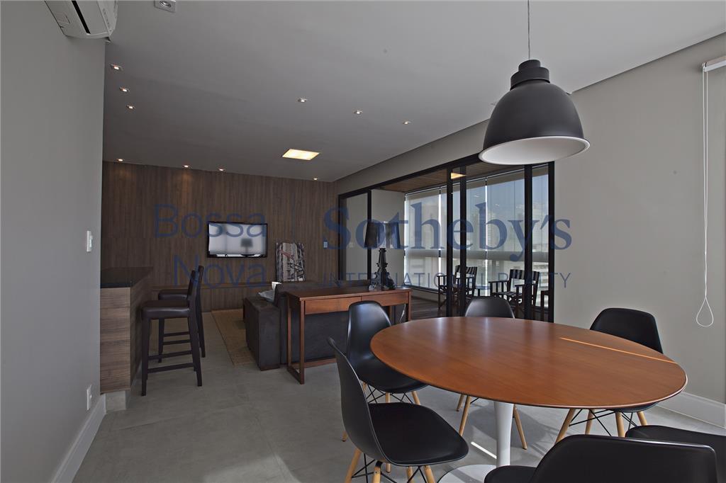 Muito bom gosto neste apartamento decorado residencial à venda, Vila Olímpia, São Paulo.