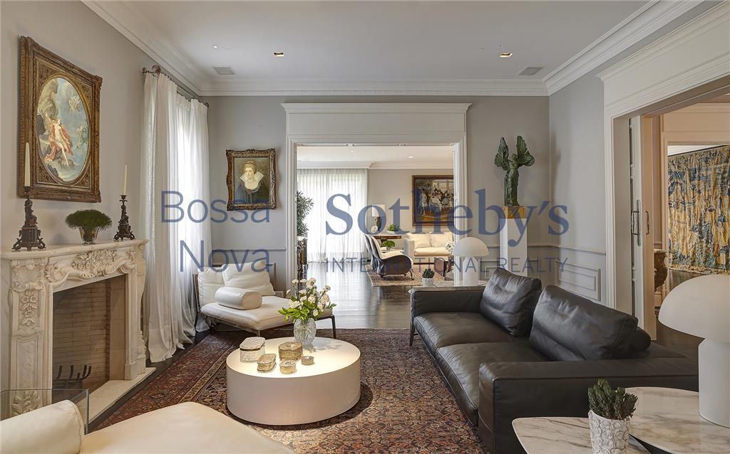 Magnifica  Residência, diferenciada com primorosos acabamentos