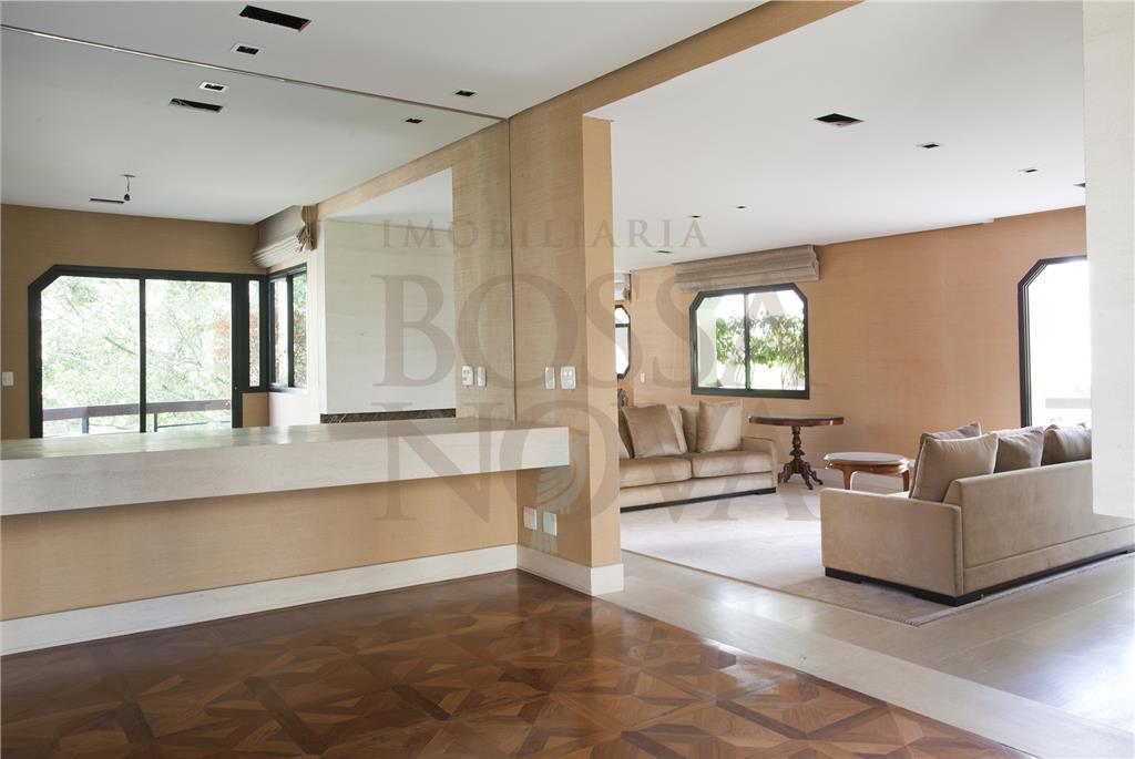 Lindo apartamento com lazer completo em localização cobiçada.