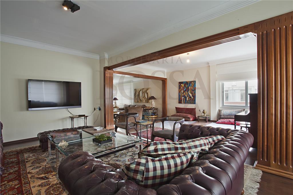 Apartamento clássico em Higienópolis