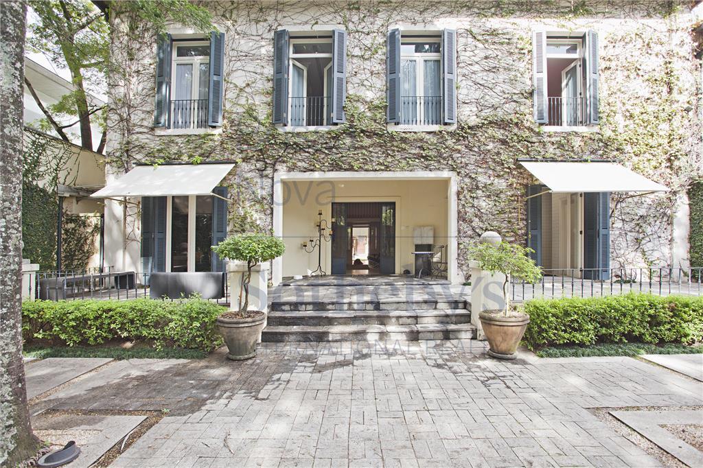 Casa clássica e diferenciada