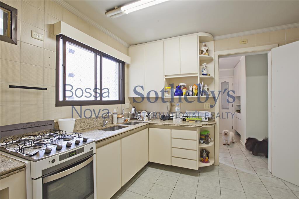 Apartamento em condomínio com lazer